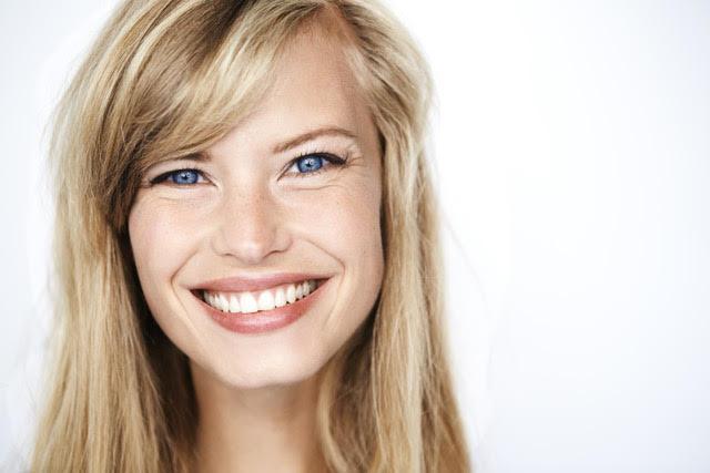 Los 7 hábitos para disfrutar de una sonrisa con Salud, Bienestar y Estética